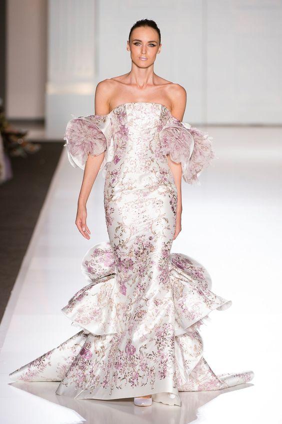 vestito da sposa in mikado a stampe floreali rosa
