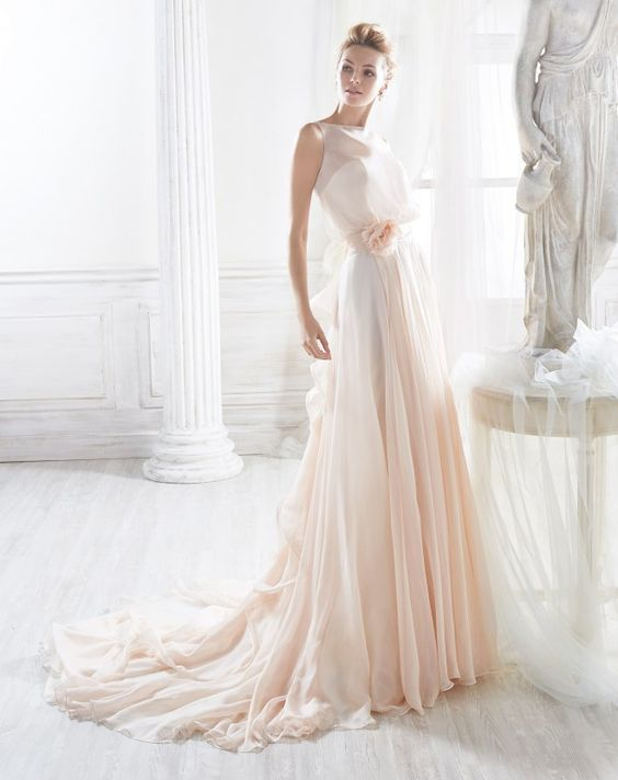vestito da sposa rosa scivolato