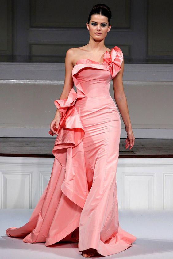 vestito da da sposa  rosa con rouches