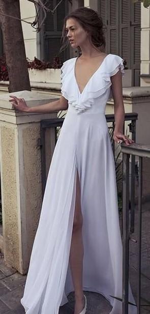 vestito da sposa pantalone  scollo a V con rouches