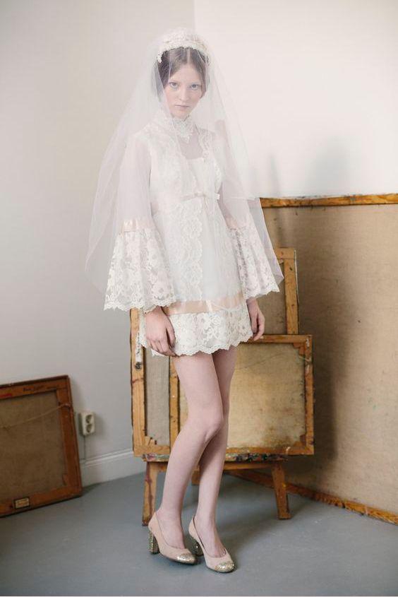 abito da sposa corto anni 70