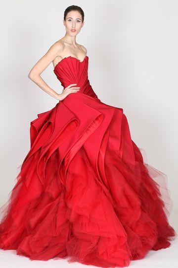 abito da sposa ampio rosso