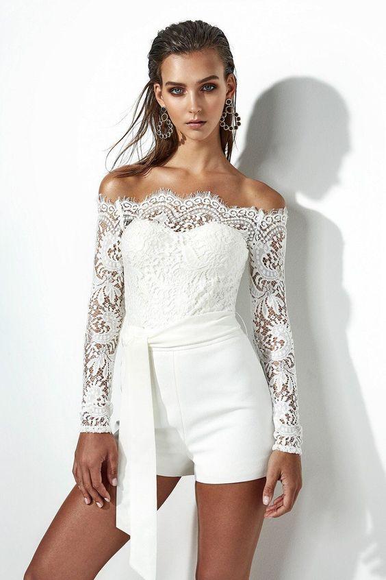 abito  da sposa con pantaloncino corto