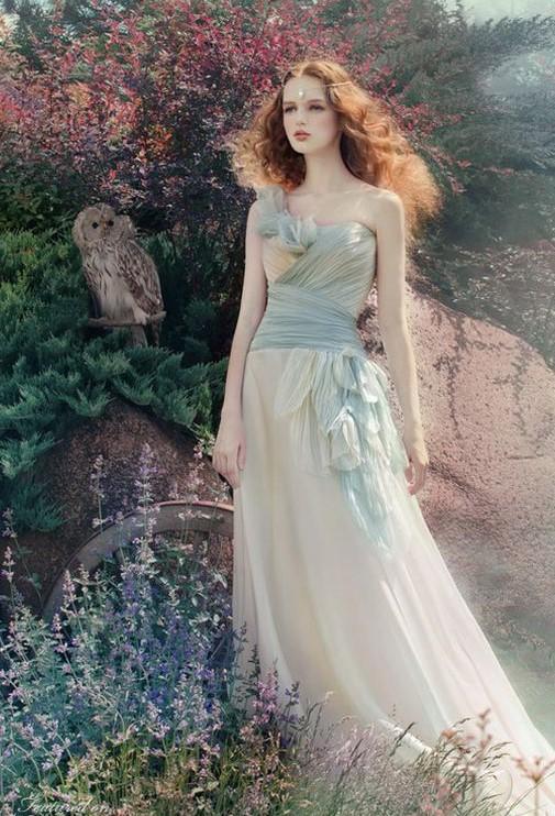 abito da sposa stile fantasy
