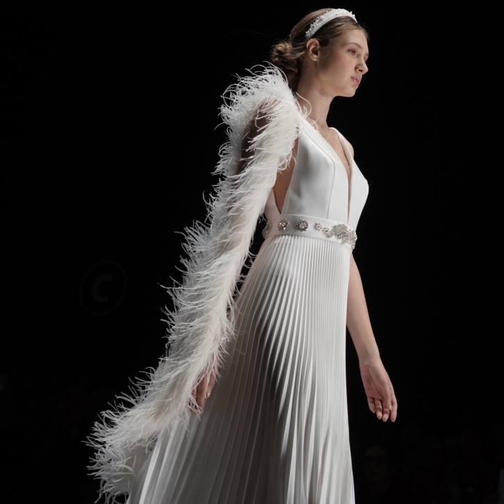 abito da sposa con plissè Blumarine
