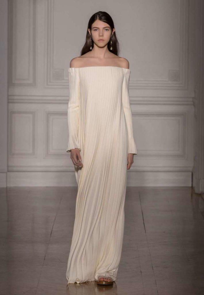 abito da sposa minimal plissè