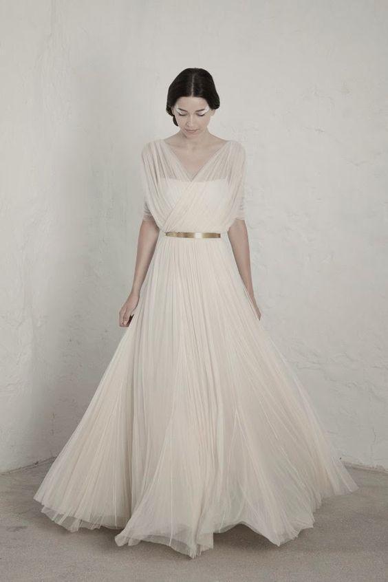 abito da sposa plissè in voile champagne