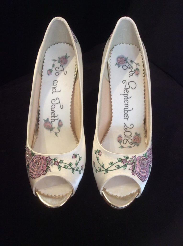 scarpe da sposa personalizzate dipinte a mano