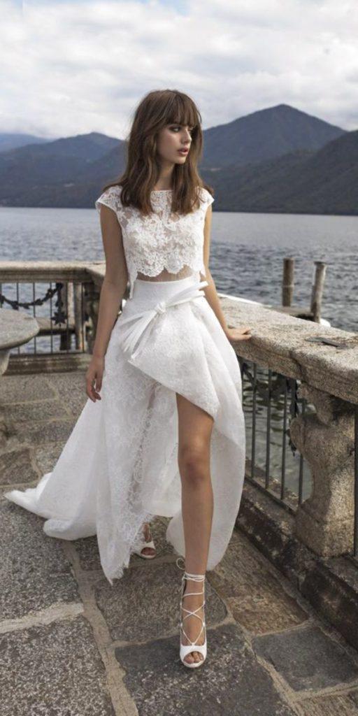 abito da sposa top crop mezze maniche corto in pizzo Pinella Passaro