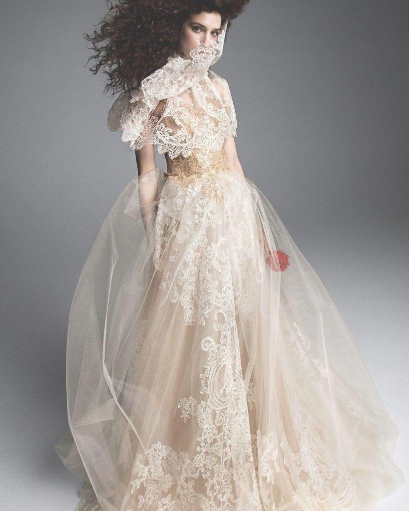 abito da sposa ampio Vera Wang in pizzo su tulle