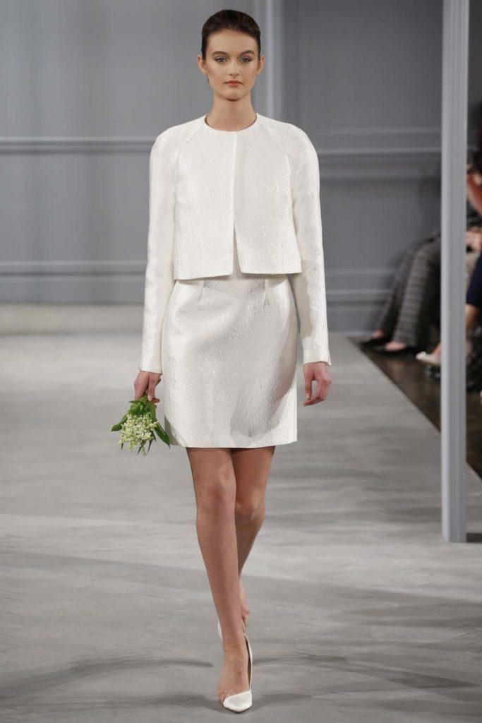 tailleur da sposa con gonna stile minimal Monique Lluhllier