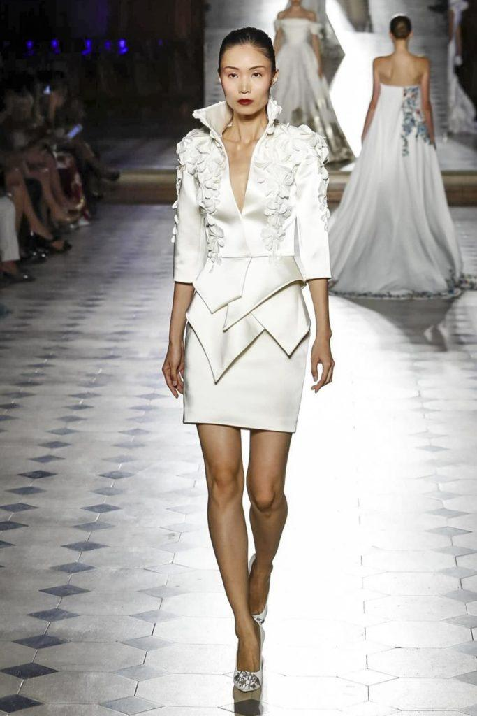 tailleur  gonna sposa in raso Tony Ward