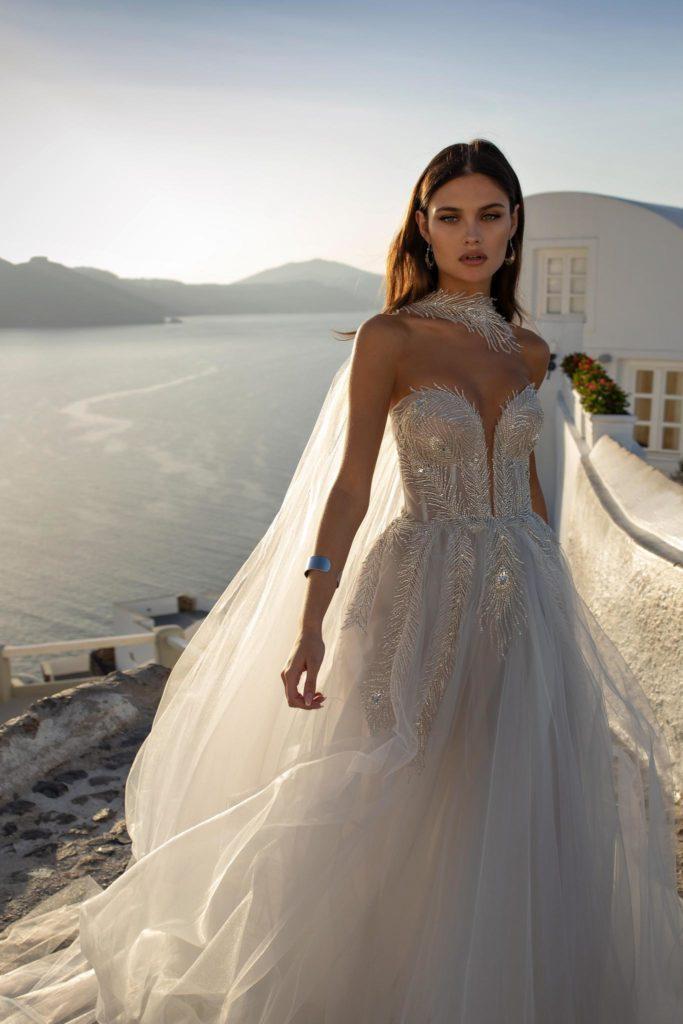 abito da sposa in tulle con ricami preziosi Ricca sposa collezione 2021