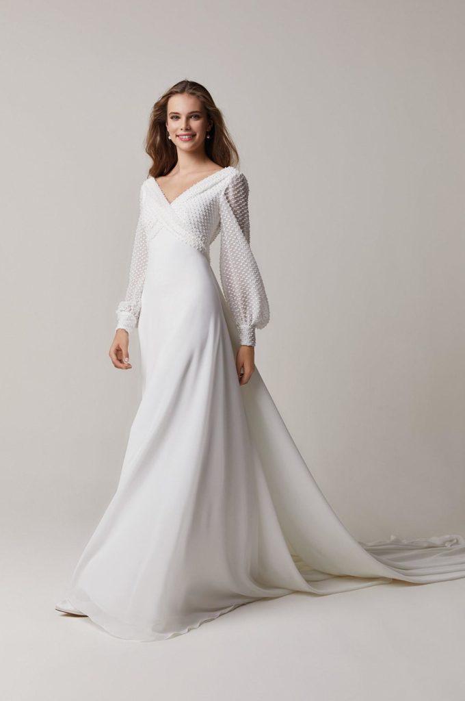 abito da sposa svasato collezione 2021 Jesus Peiro