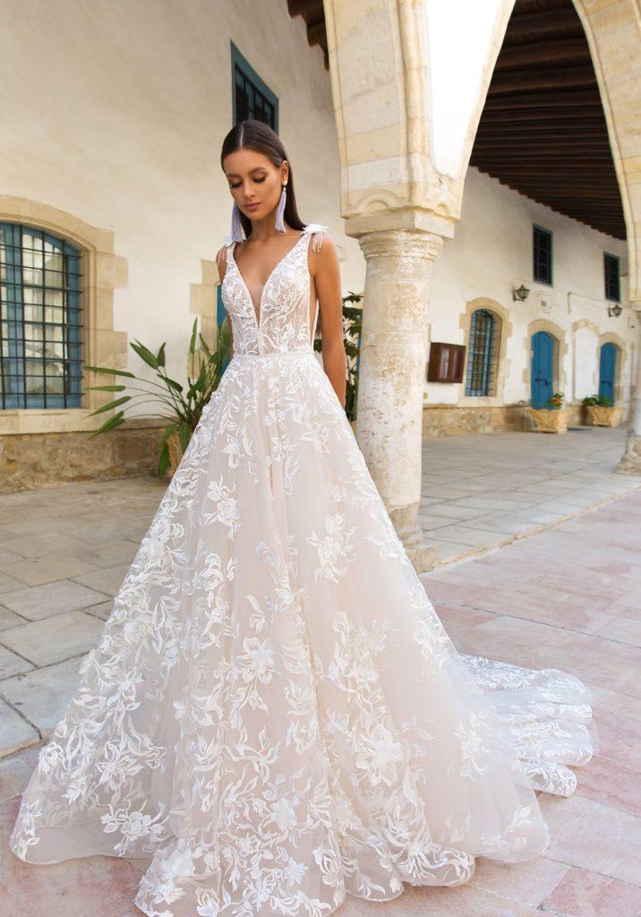 abito da sposa per nozze  simboliche