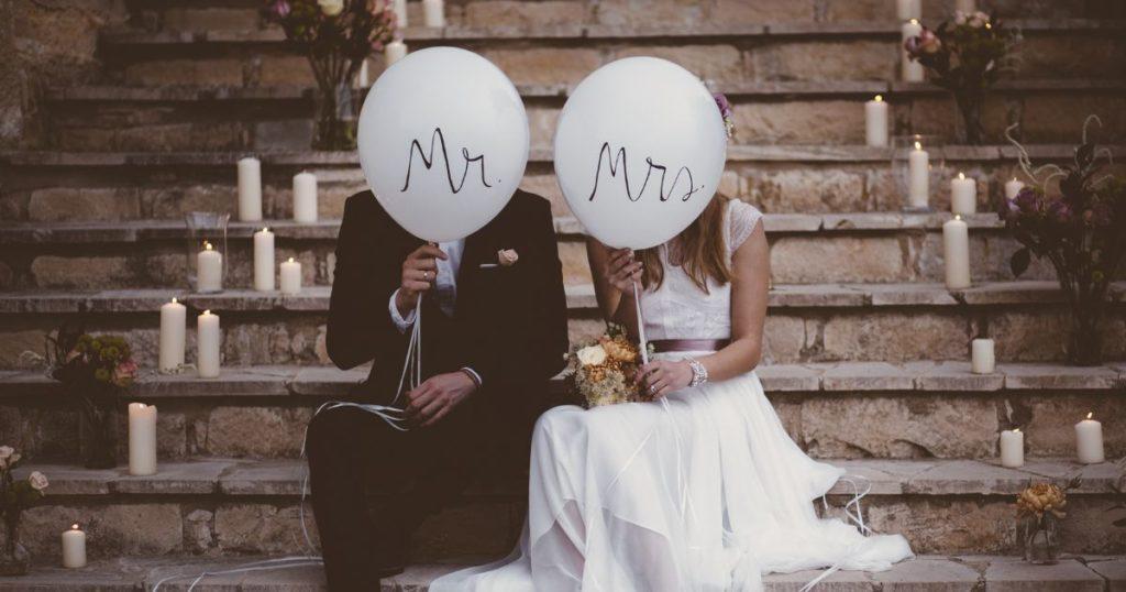abito da sposa per nozze civili o simboliche