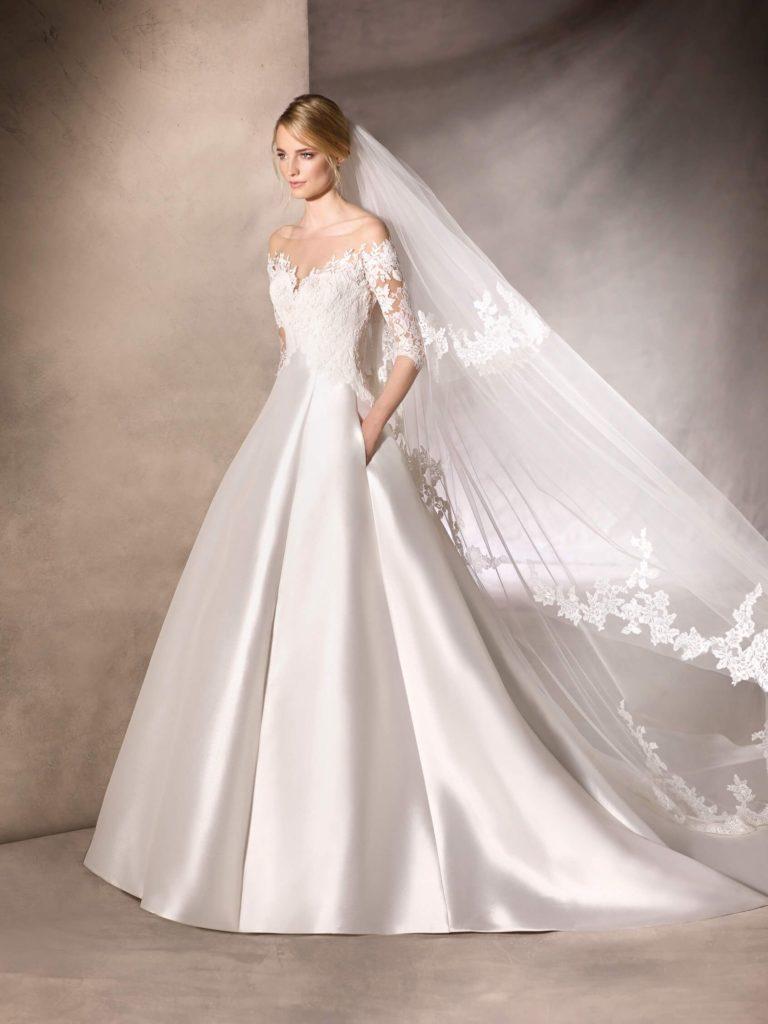 abito da sposa in tessuto mikado