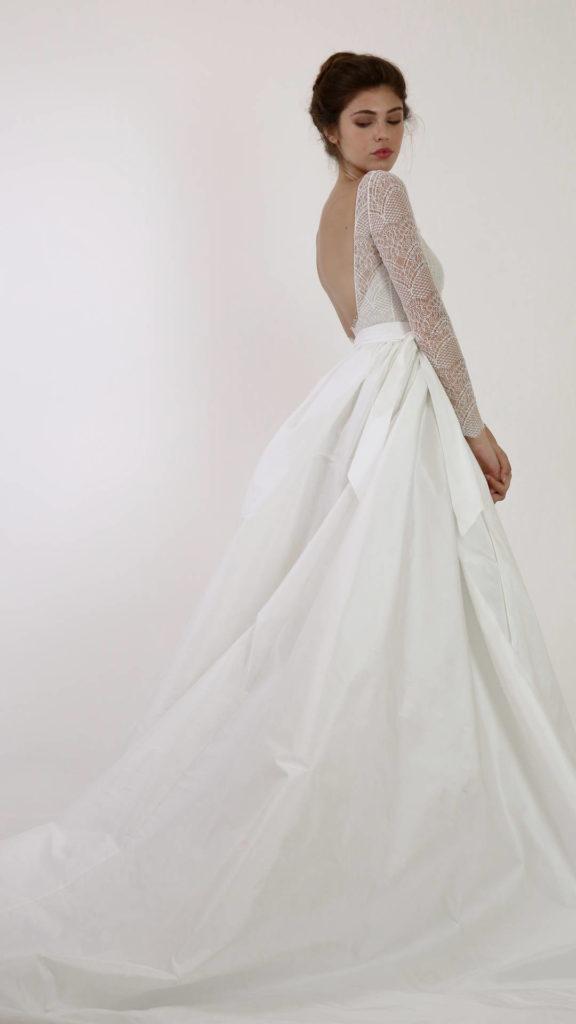 abito da sposa in tessuto taffetà